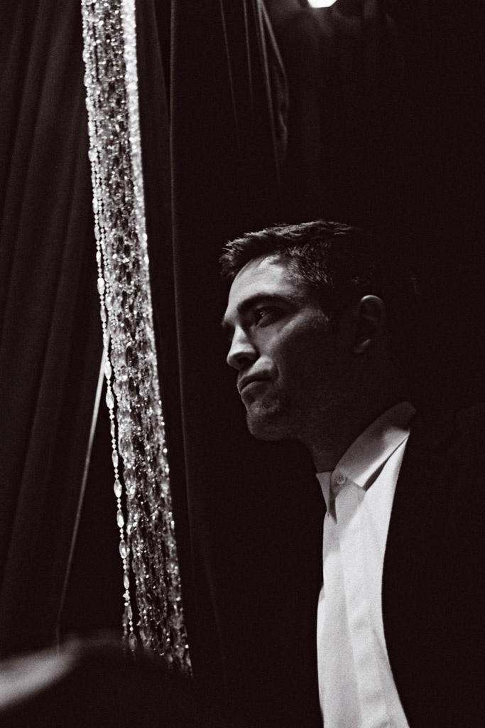 Robert Pattinson em novas fotos para Dior Homme