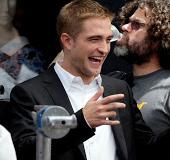 """Vídeos de Robert Pattinson nos bastidores de """"Maps to the Stars"""""""