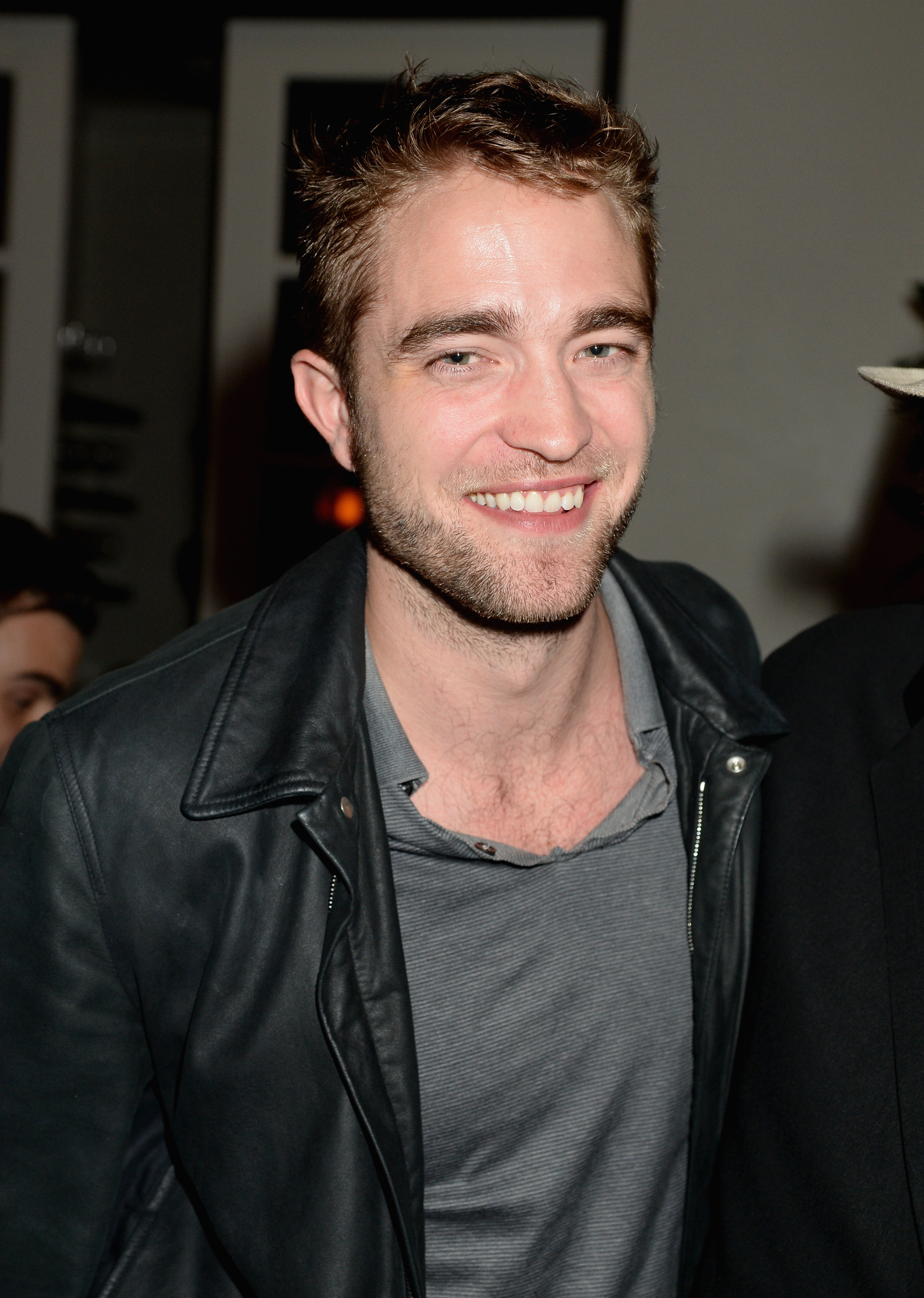 Robert Pattinson comparece a exibição de 'Seduced And Abandoned' em Los Angeles