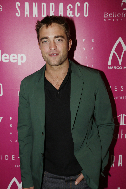 Robert em festa da Sandra And Co em Cannes