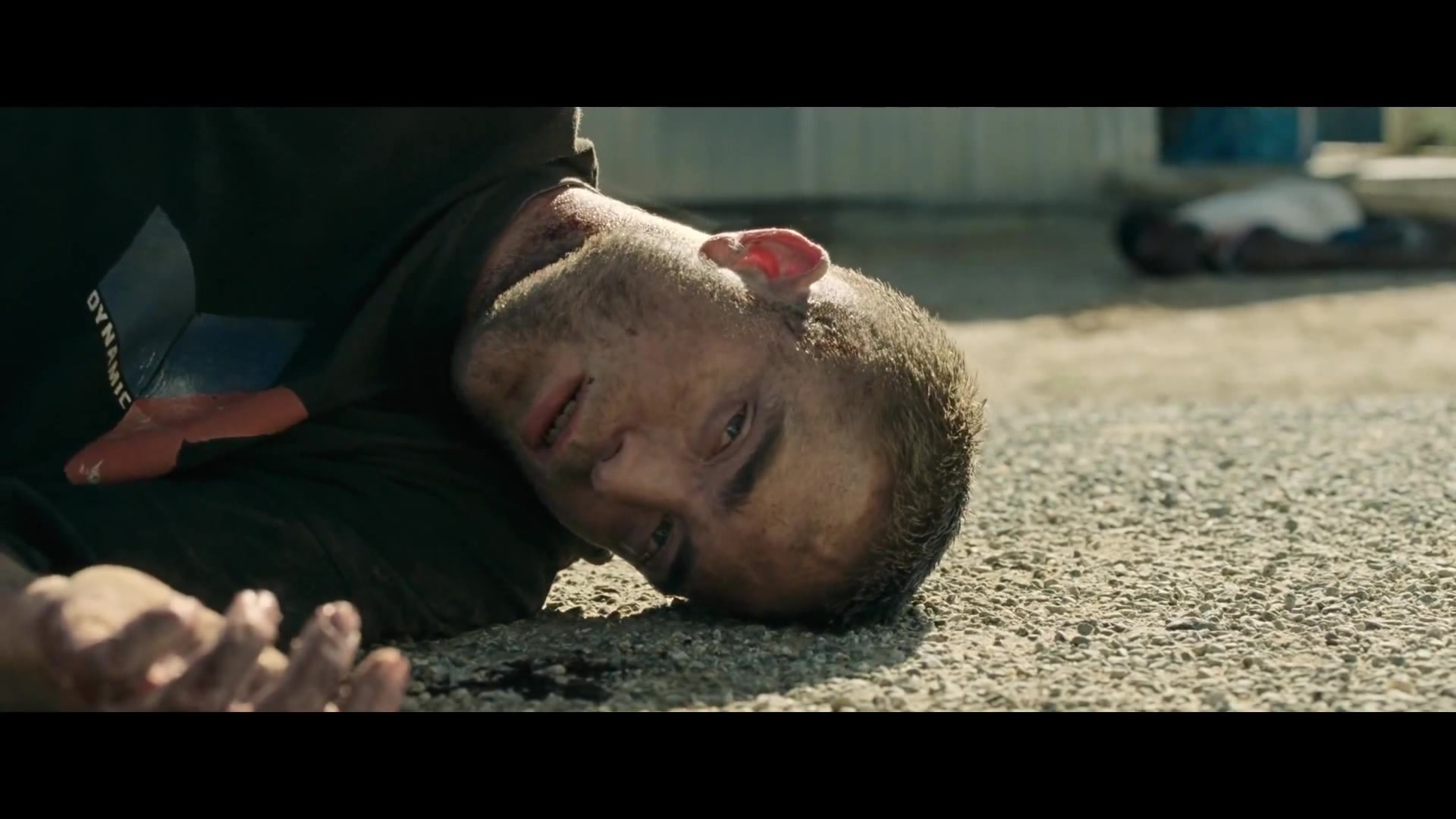 Veja o trailer legendado e screencaps de 'The Rover'