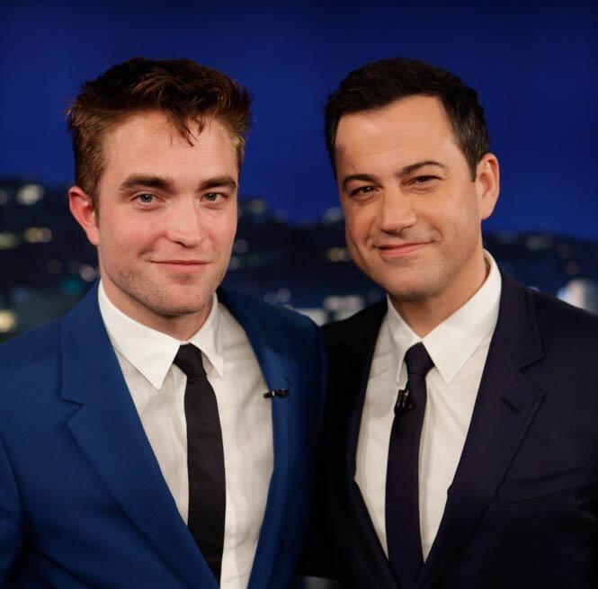 Vídeo legendado: Robert Pattinson divulga 'The Rover' no Jimmy Kimmel Live