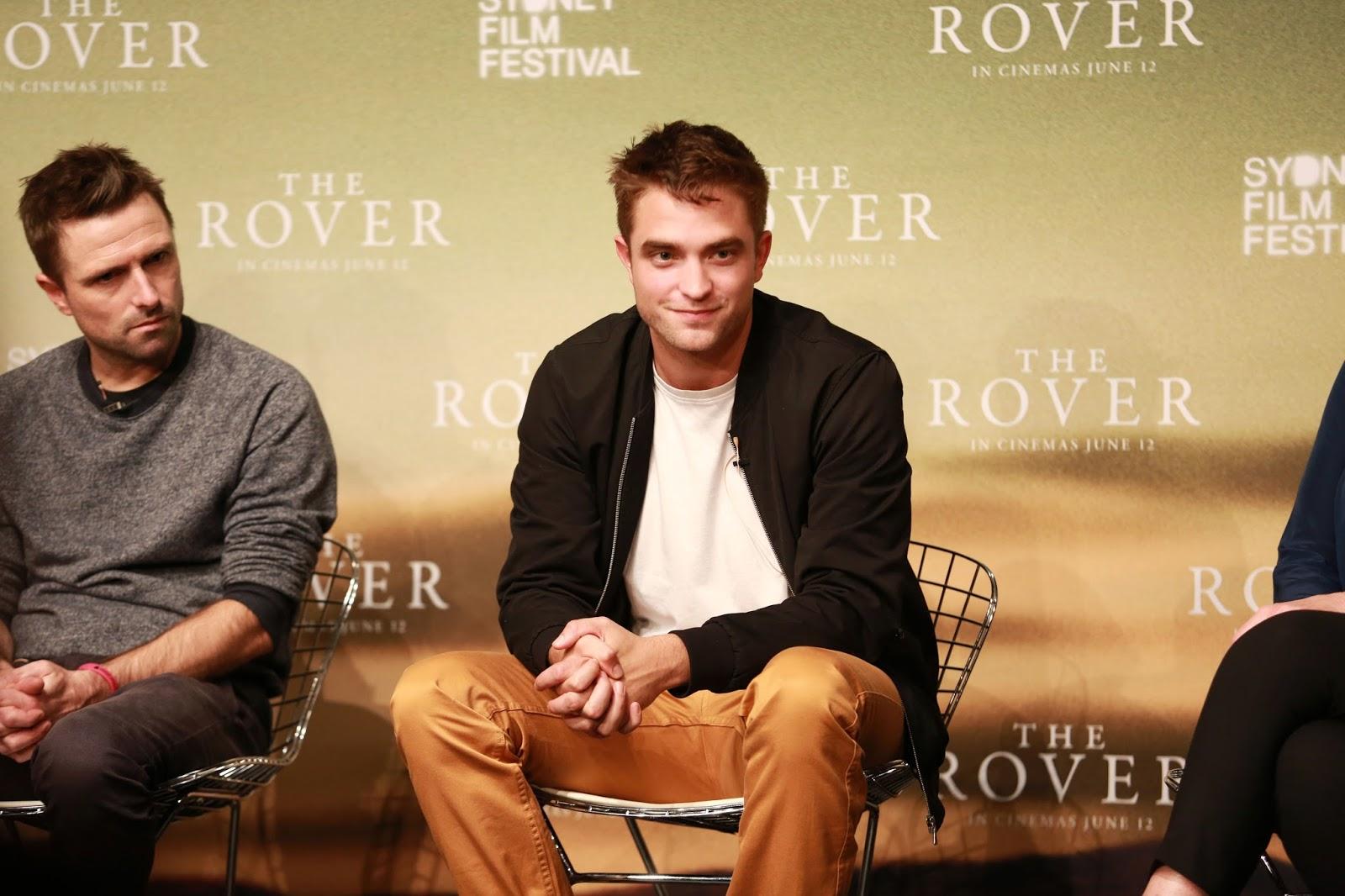 """Robert fala sobre sua carreira em entrevista para o Mornings: """"Definitivamente uma jornada inesperada"""""""