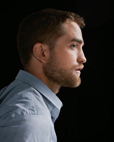 Colegas de elenco e amigos mencionam Robert em entrevistas