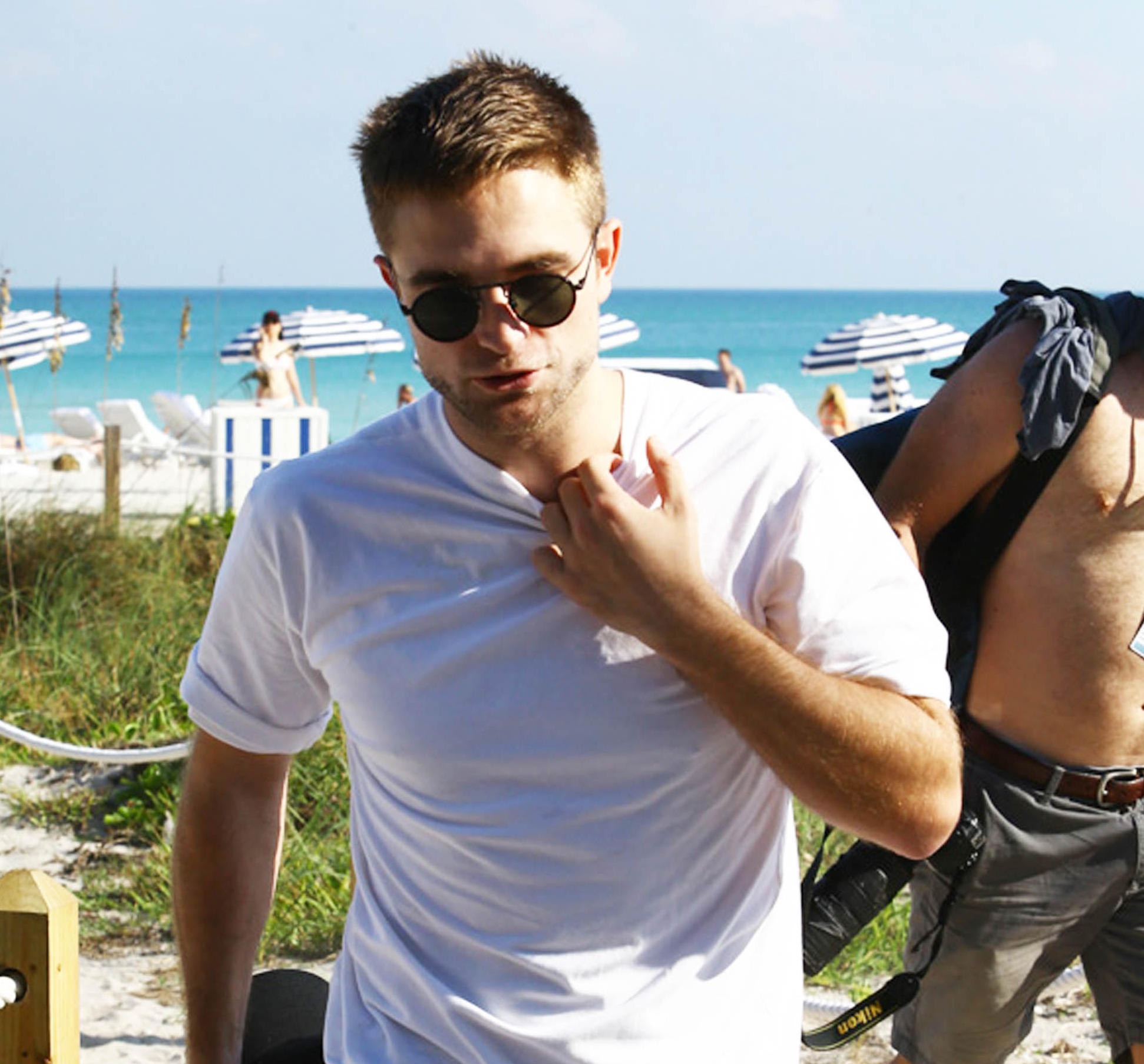 Fotos de Robert e FKA Twigs em Miami Beach (07/12)