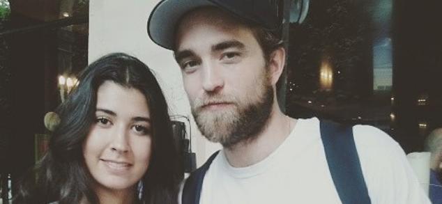 Fotos de Robert com fãs em Paris (05/07)