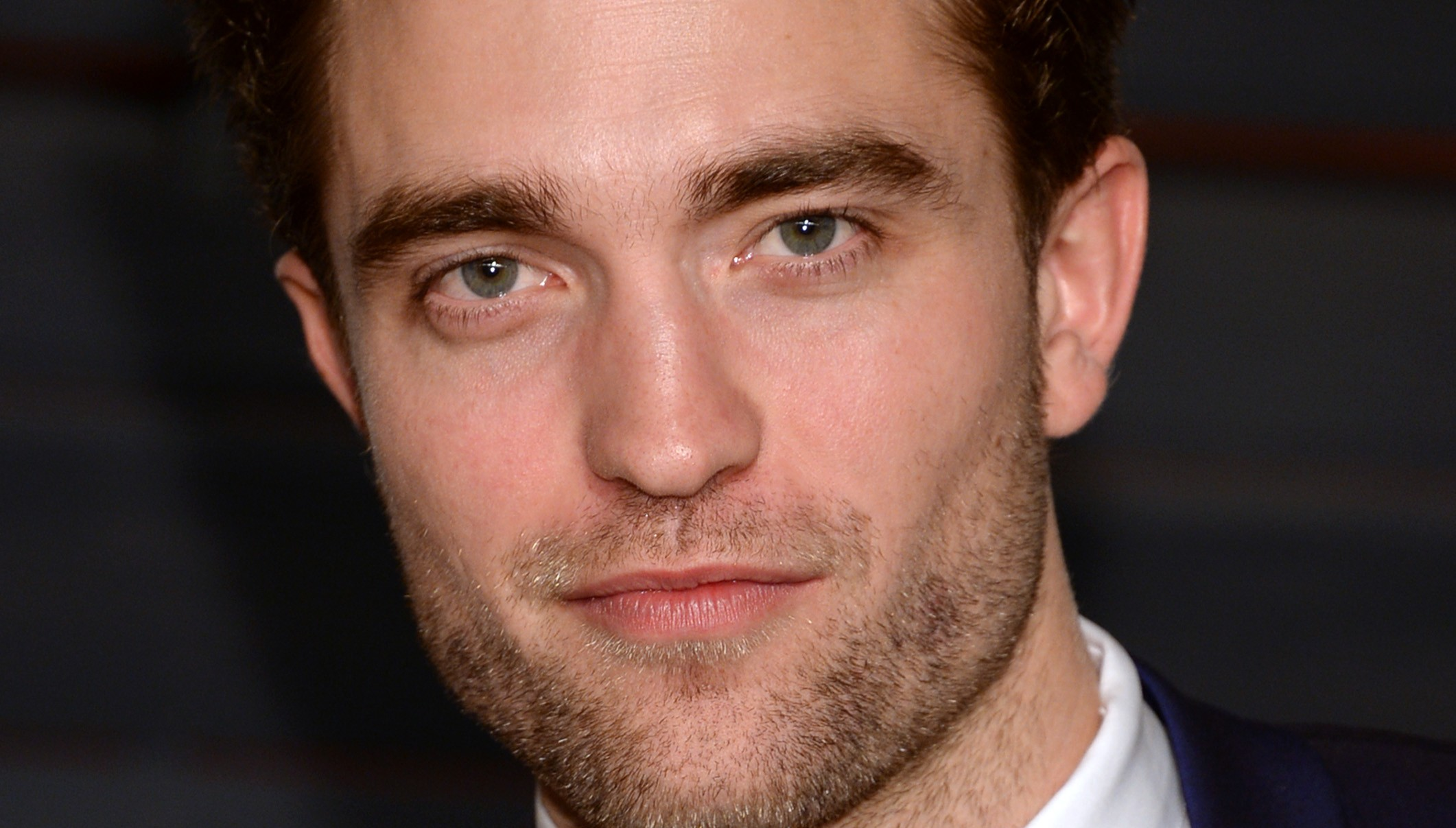 Robert fala sobre seus filmes e 50 Tons De Cinza em nova entrevista!