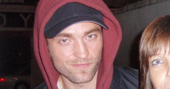 FOTOS: Robert com amigos no show de Bobby Long em Londres (06/11)