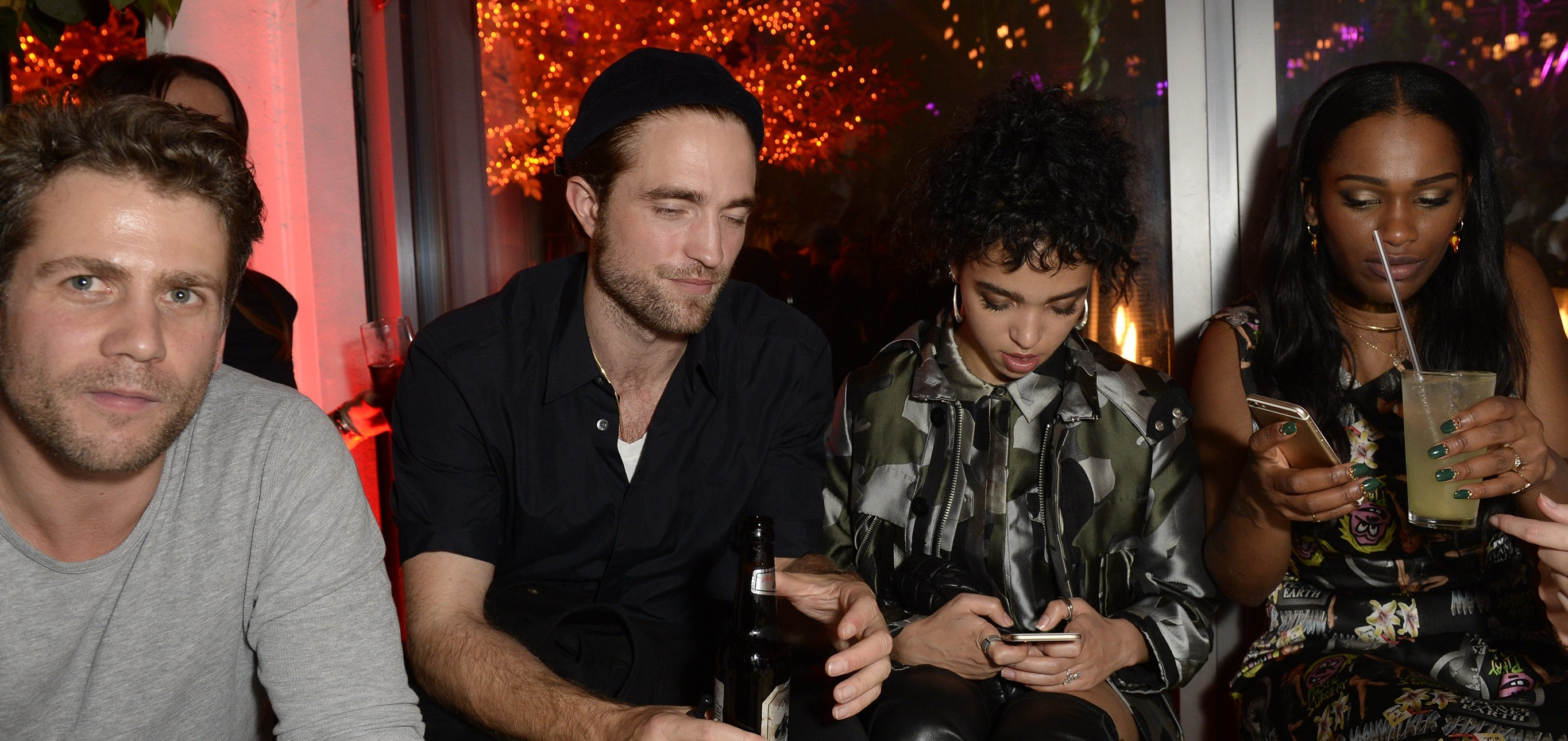 FOTOS: Robert e FKA Twigs no Sushisamba (10/11)