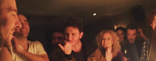 FOTO: Robert Pattinson na festa de aniversário de Marcus Foster