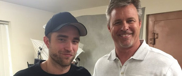 Fotos: Robert Pattinson em um laboratório dentário em Salt Lake City