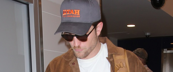 FOTOS: Robert embarcando no LAX