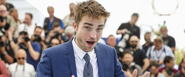 "VÍDEO TRANSCRITO: Robert em ""FAST AND CURIOUS"" em Cannes"