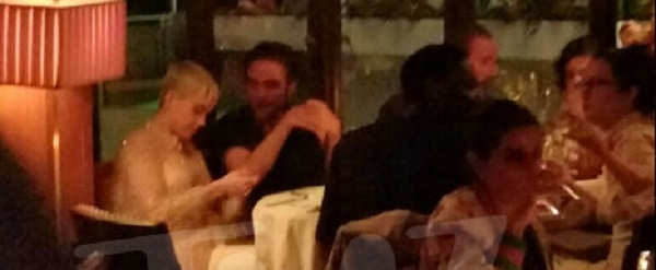 FOTO & VIDEO: Robert com Katy Perry e amigos em Los Angeles (05/08)