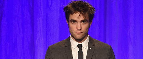 {ATUALIZADO} FOTOS & VIDEOS: Robert no Hollywood Foreign Press Association, HFPA em Los Angeles (02/08)