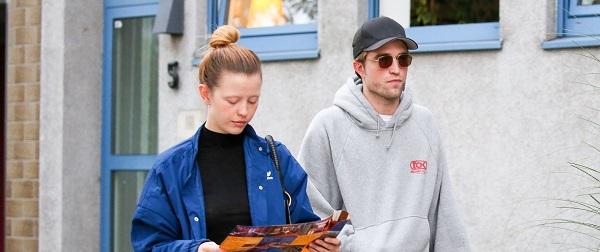 FOTOS: Robert Pattinson, Mia Goth e Claire Denis na Alemanha (22/08)