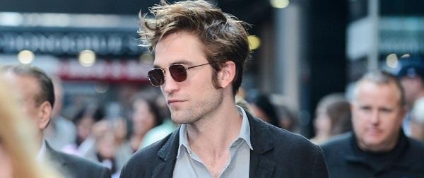 FOTOS & VIDEOS: Robert Pattinson no Good Morning America (10/08)