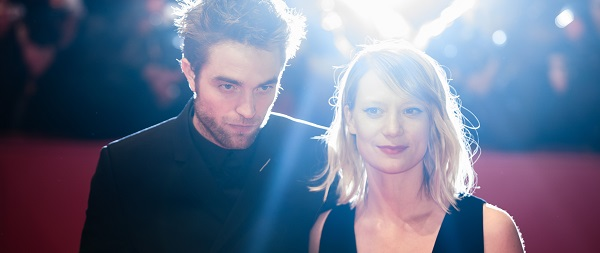 BERLINALE 2018: Robert Pattinson e elenco promovendo Damsel, confira fotos e videos