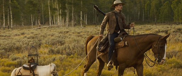Confira novas imagens dos projetos de Robert Pattinson