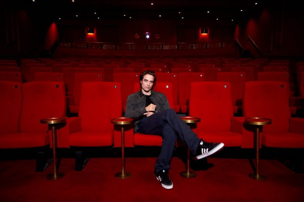 Robert Pattinson no Olympic Studios em Londres