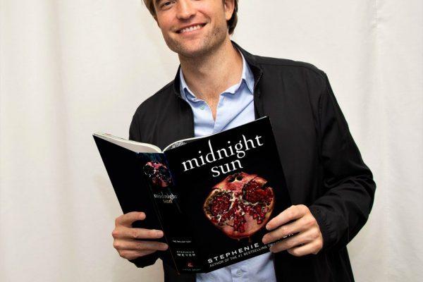 """Quer ganhar um livro """"Sol da Meia Noite"""" de graça? Saiba como!"""