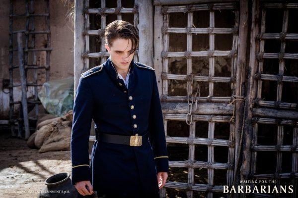Novas imagens de Waiting For the Barbarians