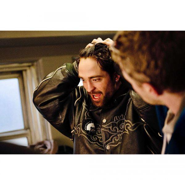 Novas imagens de Robert nos bastidores de Good Time
