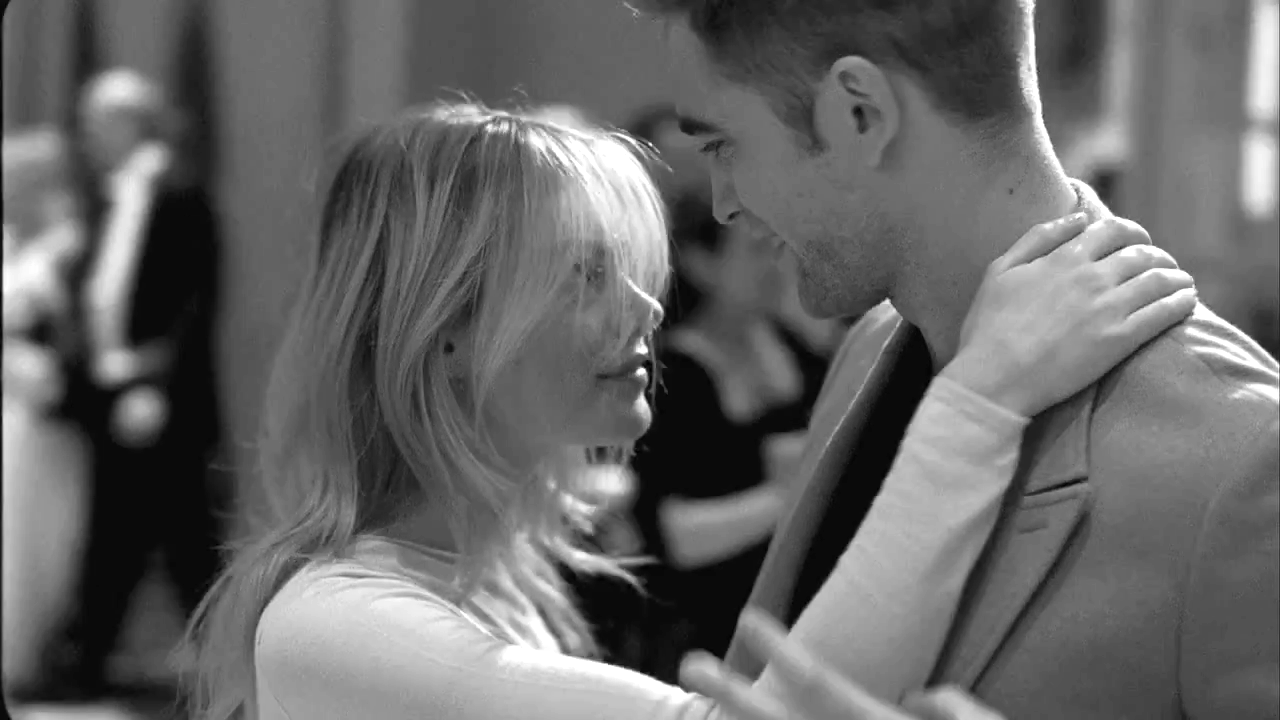 Vídeo: Robert Pattinson em bastidores do comercial para Dior Homme