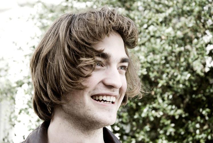 Novas/Velhas fotos de Robert Pattinson em filmes e em photoshoot