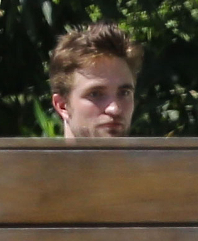 Fotos de Robert com amigos em Los Angeles dia 02/08